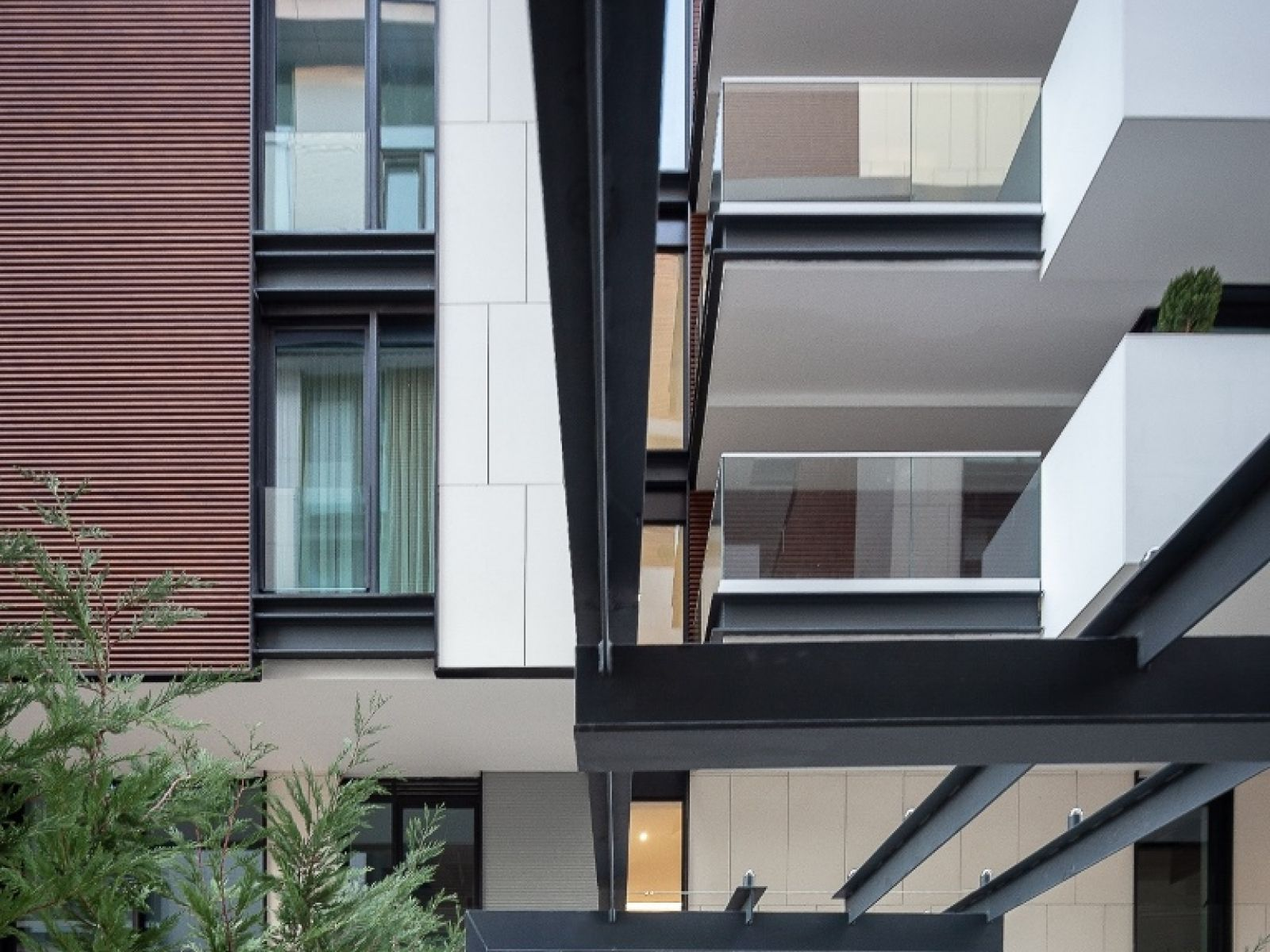 One Charles de Gaulle, the high-end residential development of 2018, featured extensively in Igloo magazine