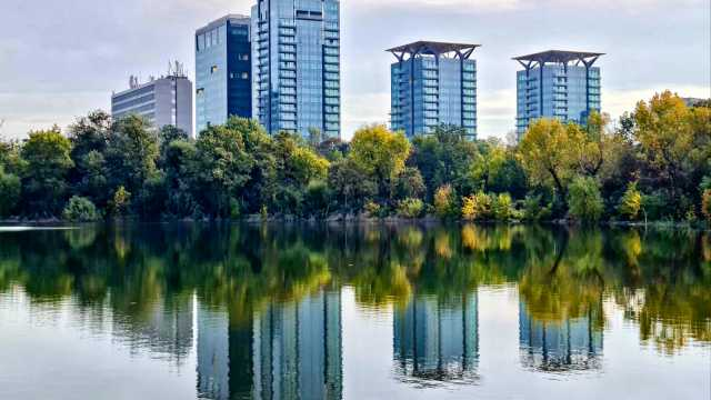 """One Mircea Eliade, the residential component of One Floreasca City project has received the """"Green Homes"""" certification from Romania Green Building Council"""