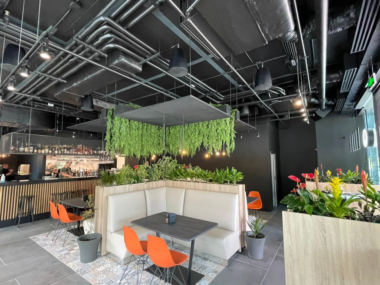 Meat2Eat opened a restaurant on the ground floor of One Tower office building