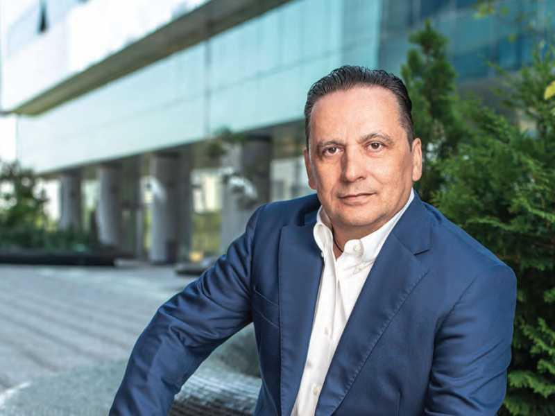 """Claudio Cisullo – """"Odiseea"""" românească a unui investitor global, în cel mai recent număr Forbes Life România"""